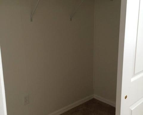 Closet View1