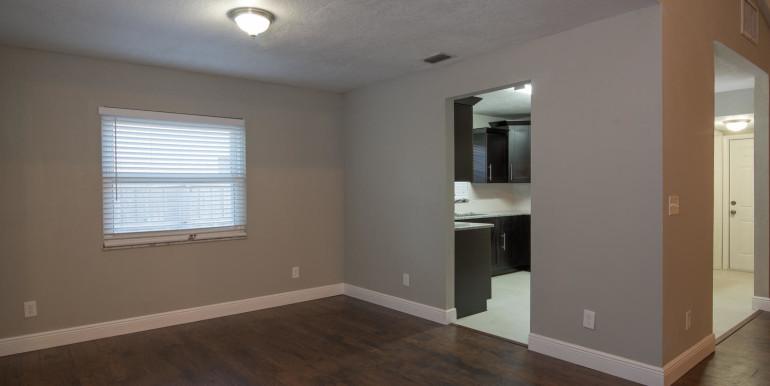 708 13th Ct SW Largo FL 33770-large-012-20-Dining Room-1498x1000-72dpi