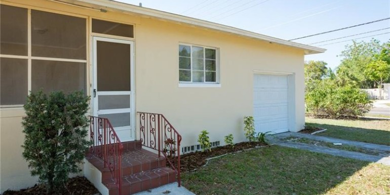 1639-drew-st-clearwater-florida-33755-11