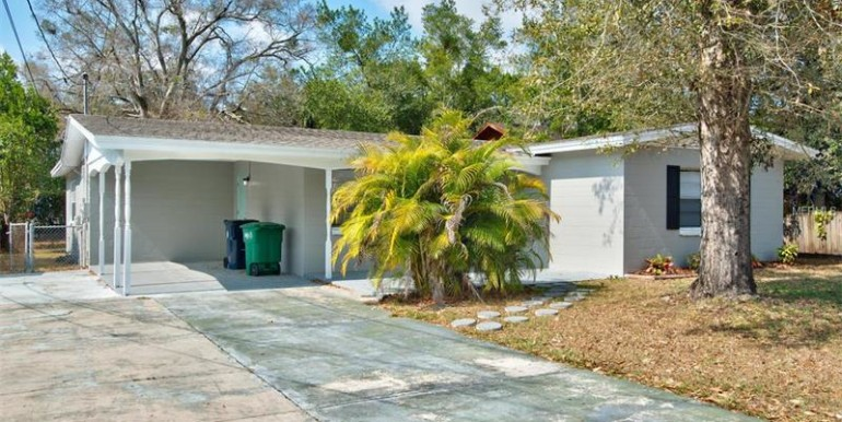 9220-N-52nd-st-Tampa-Florida-33617-1