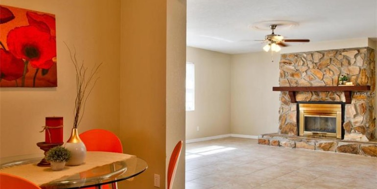 9220-N-52nd-st-Tampa-Florida-33617-19