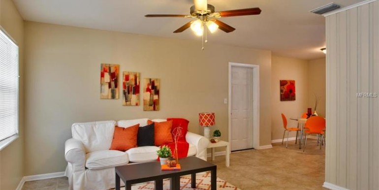 9220-N-52nd-st-Tampa-Florida-33617-23