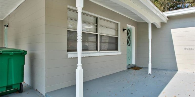 9220-N-52nd-st-Tampa-Florida-33617-3