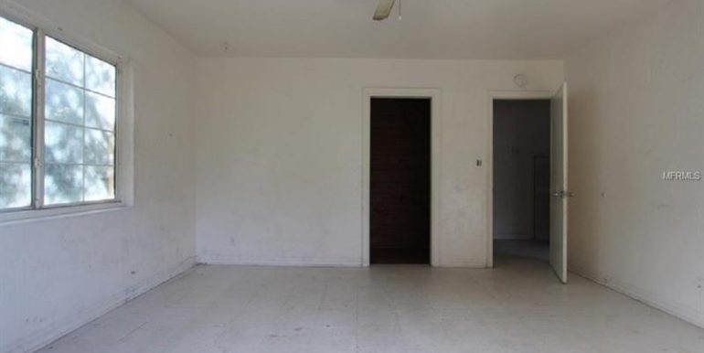 3753-22nd-ave-s-st-petersburg-fl-33711-4