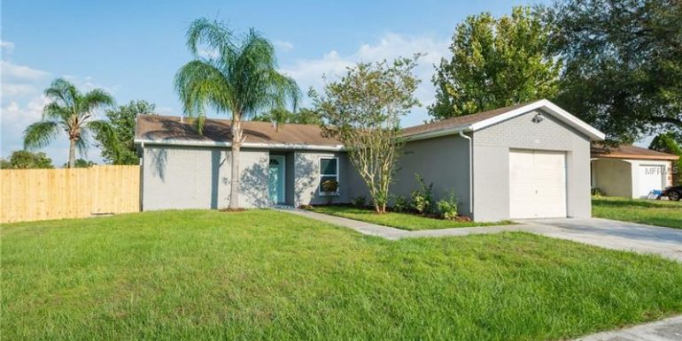 907-coolwood-pl-brandon-fl-33511-2