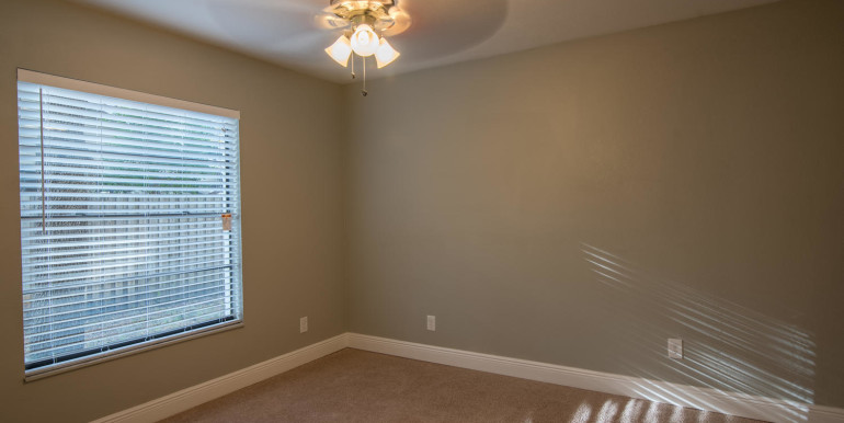 708 13th Ct SW Largo FL 33770-large-019-22-Bedroom 3-1498x1000-72dpi