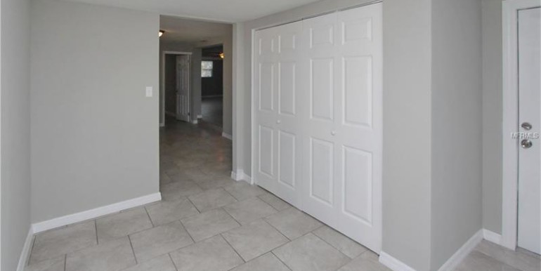 1360-mary-l-rd-clearwater-florida-33755-5