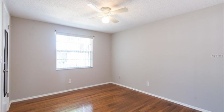 8906-HIGH-RIDGE-TAMPA-FL-33634-9
