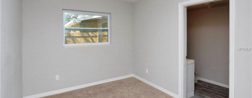 1333-WOODBINE-ST-CLEARWATER-Florida-33755-12