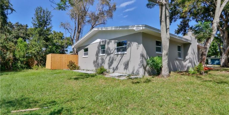 1333-WOODBINE-ST-CLEARWATER-Florida-33755-13