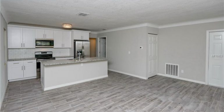 1333-WOODBINE-ST-CLEARWATER-Florida-33755-4