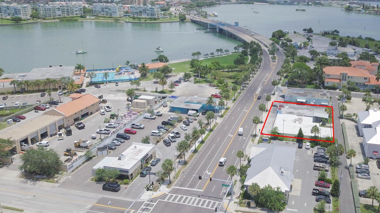 250 75th Ave, St Pete Beach, FL 33706